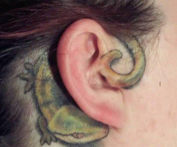 Татуировки на ушах (12 фото)