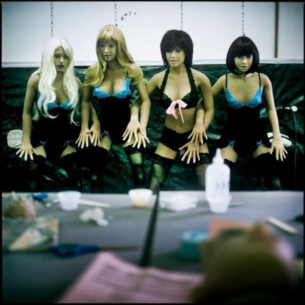 Производство резиновых кукол для взрослых (22 фото)