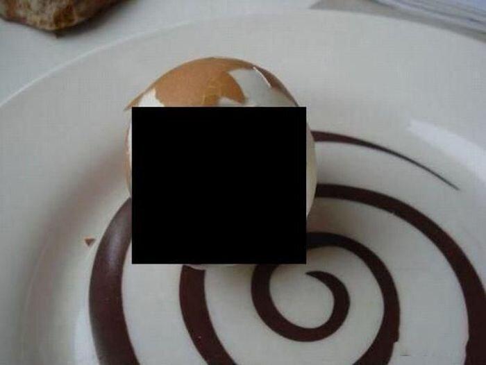 Яйцо с сюрпризом (2 фото)