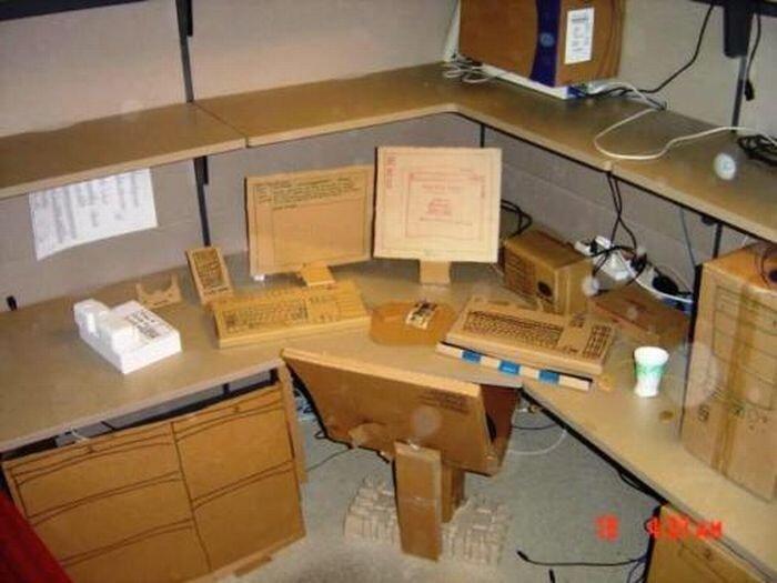 Офисные приколы (21 фото)