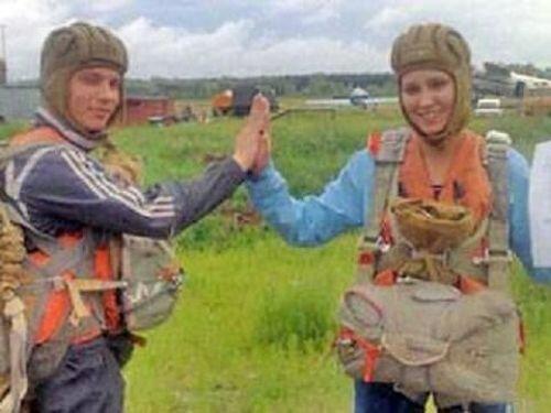 Парашютистка упала с 800 метров — и выжила (2 фото + видео)