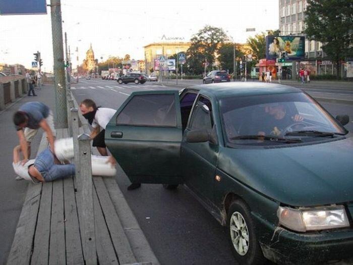 В Питере снова пытались утопить человека (5 фото)