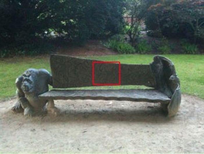 Необычная скамейка (3 фото)