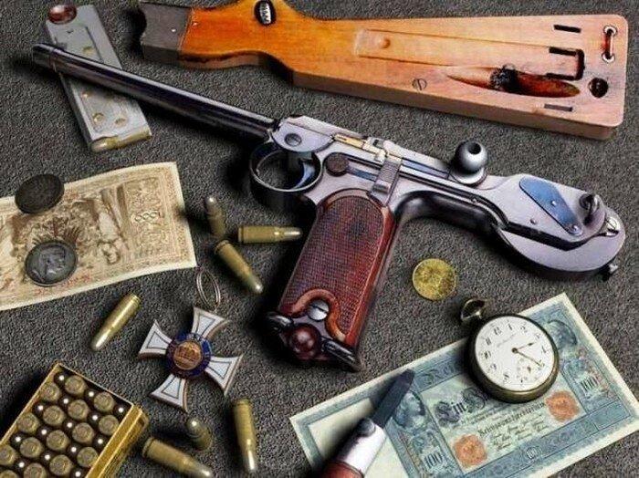 Оружие в обрамлении (11 фото)