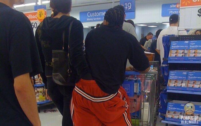 Интересные люди в супермаркетах. Часть 4 (84 фото)