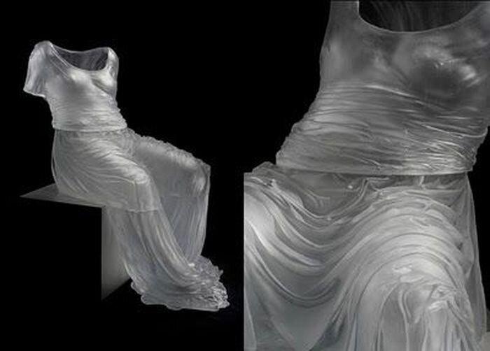 Платье из стекла (13 фото)