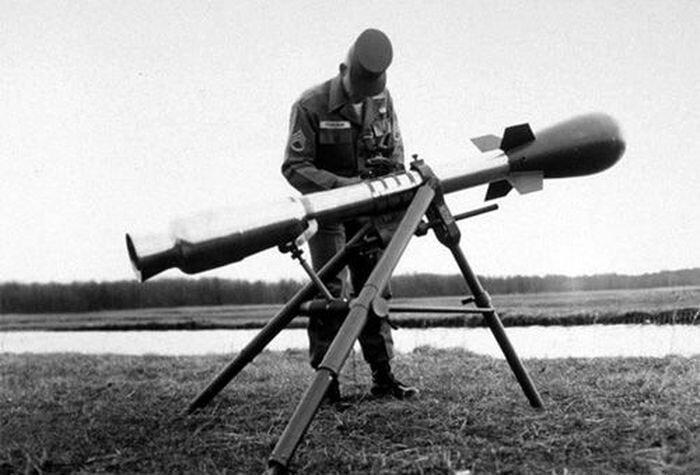 Самые дурацкие виды ядерного оружия (7 фото)