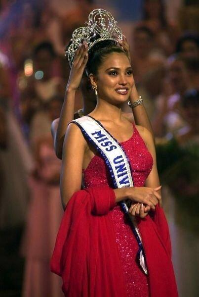 Мисс Вселенные последнего десятилетия (11 фото)