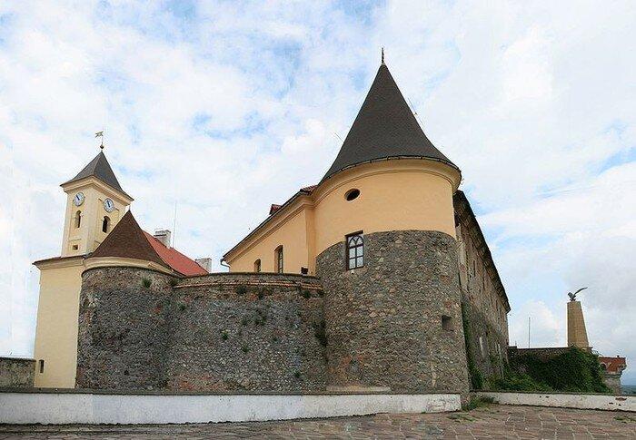 (16 фото)Мукачево – один из самых красивых городов Западной Украины (17 фото)
