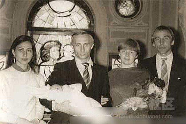 Редкие ч/б фото В.Путина (29 фото)