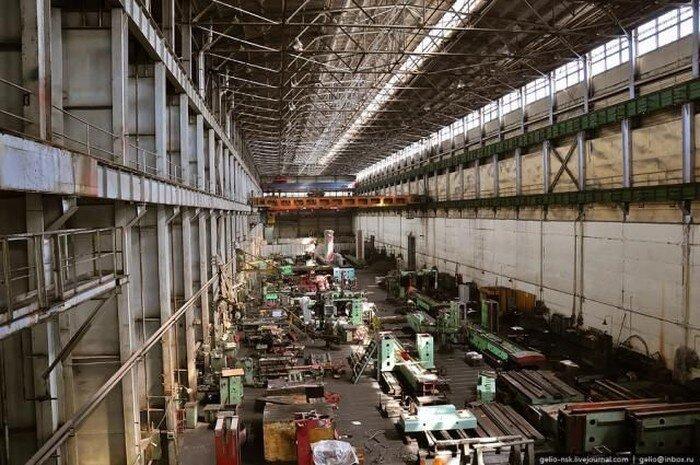 Заводы Новосибирска (12 фото)