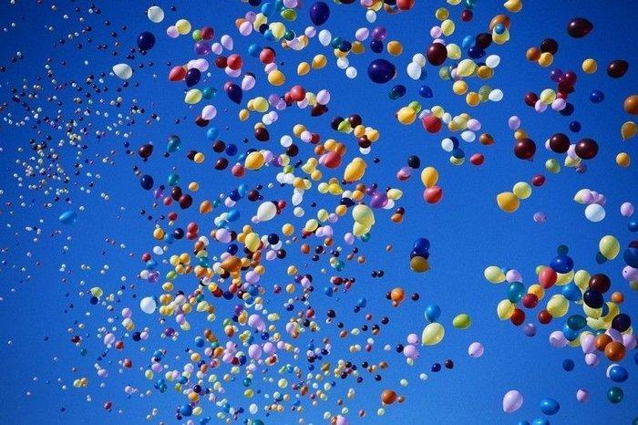 День без машин: Невский в облаке воздушных шаров (8 фото+3 видео)