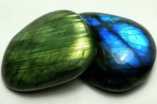 Мой любимый камень лабрадор
