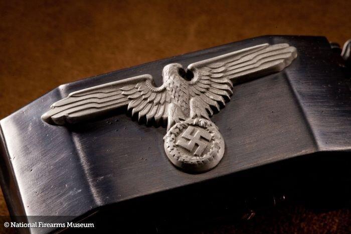 Пряжка-пистолет (24 фото)
