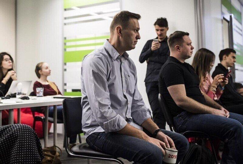 Навальный стал способом заработка для своих соратников