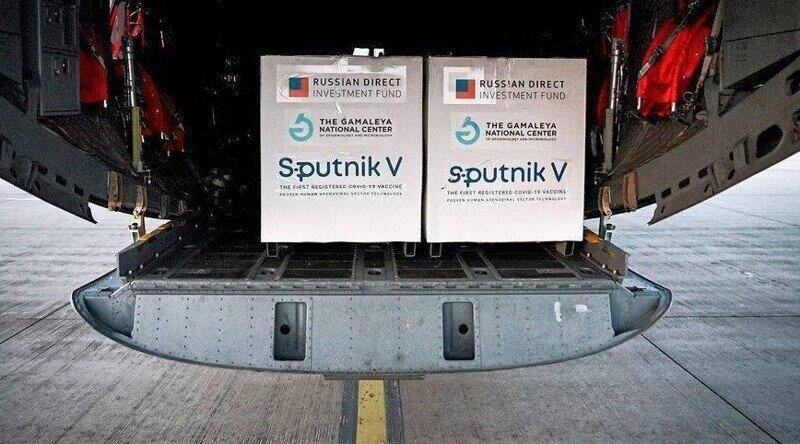 Свинья везде грязь найдет: «Спутник V» обвинили в расколе Словакии