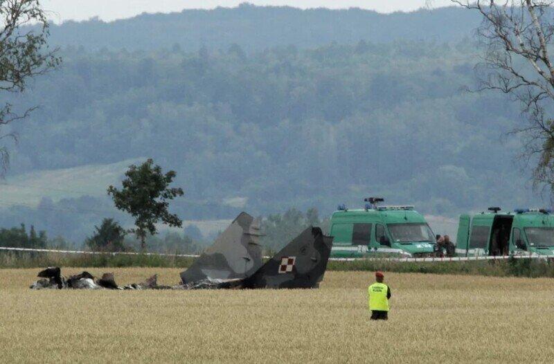 Пилот польских ВВС по ошибке обстрелял самолёт напарника