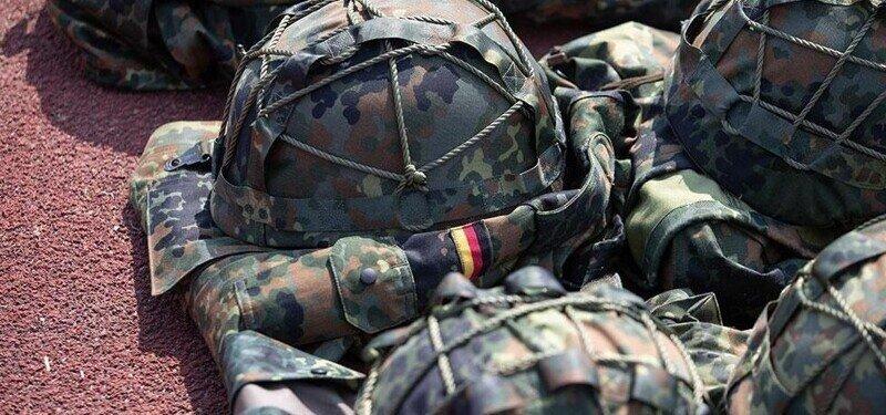 Шокирующая Германия: военные насиловали сослуживцев и пели нацистские гимны
