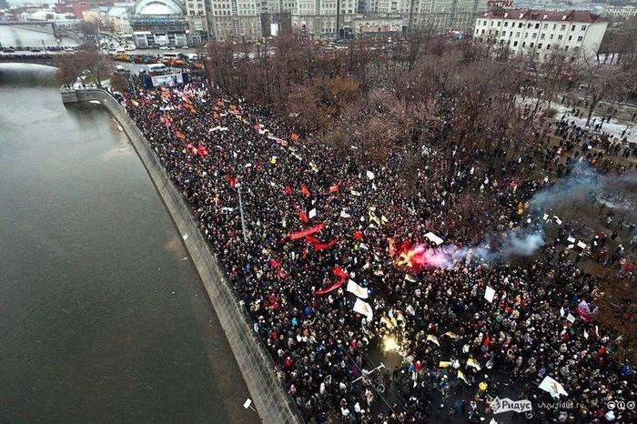 Фотографии московского митинга и других (12 фото + 40 фото)