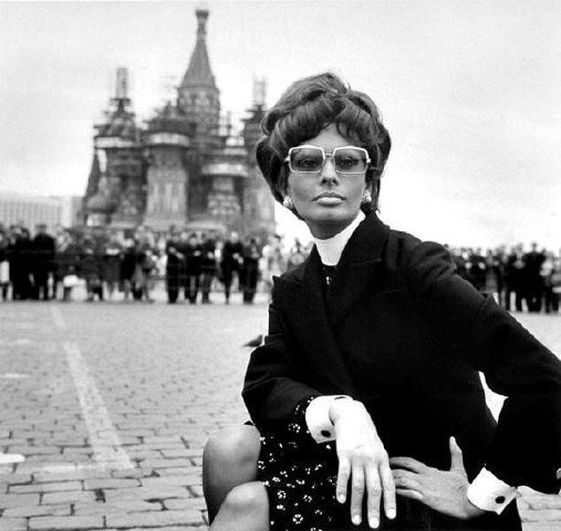 Западные звезды посетили СССР (22 фото)