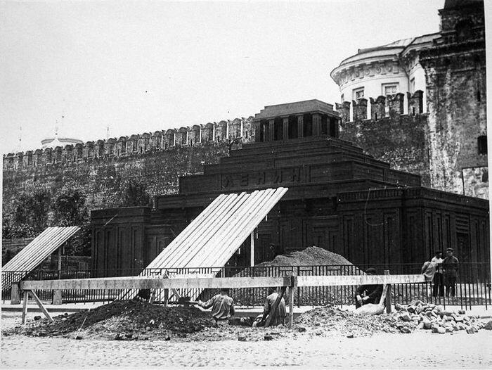Интересное о мавзолее (28 фото)