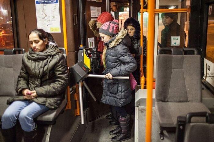 Турникеты в транспорте (8 фото + текст)