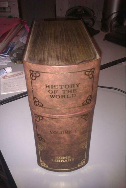 Интересная книга из домашней библиотеки (3 фото)