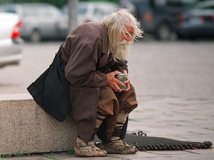 Дедушка Добри – нищий благотворитель (9 фото+ текст)