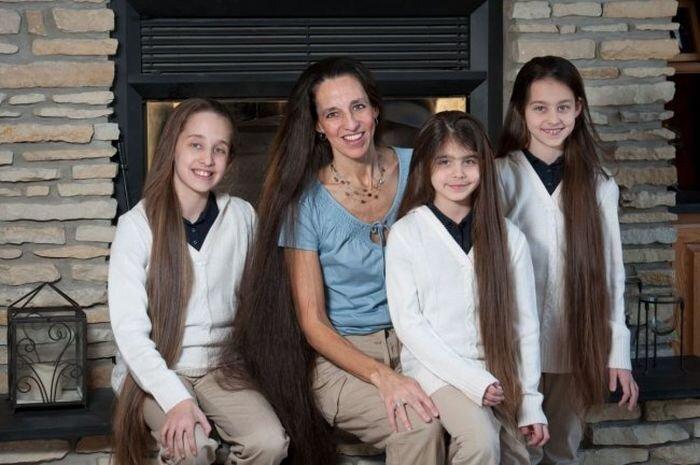 Волосатая семейка (12 фото)