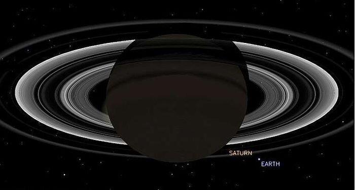 Фотографии Земли и Луны с расстояния 1,445 млрд. километров (11 фото + 2 гифки)