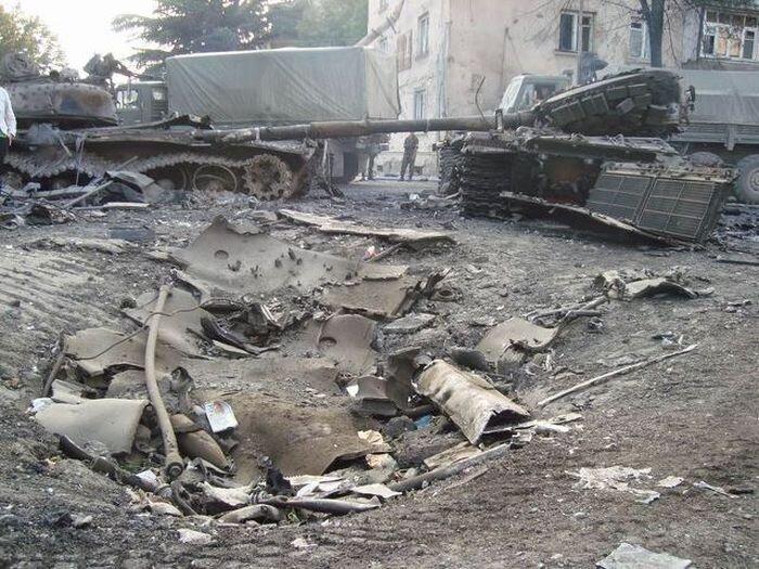 История одной башни танка (4 фото)