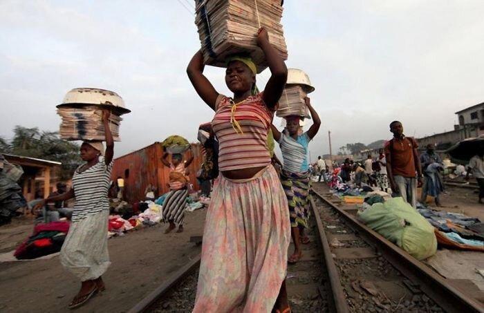 Рыночные девушки из Ганы (31 фото)