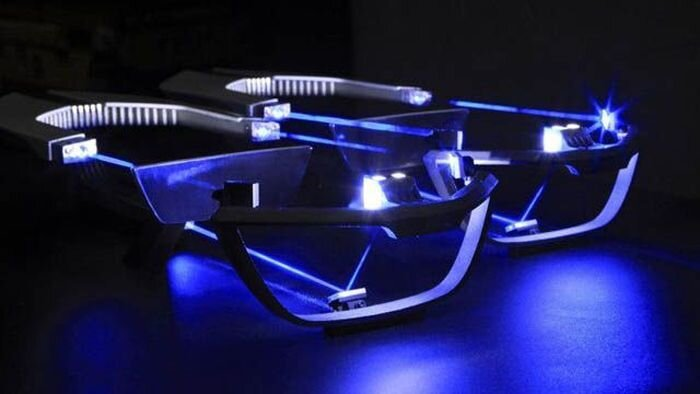 Компания BMW станет оснащать свои автомобили лазерной оптикой (6 фото)