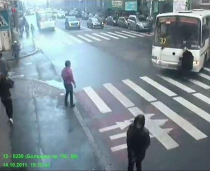 Подборка аварий за конец октября 2011 (видео)