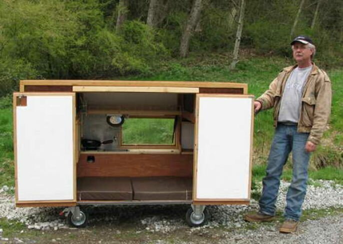 Thomas Allen Builds A Teeny Tiny Mobile Home