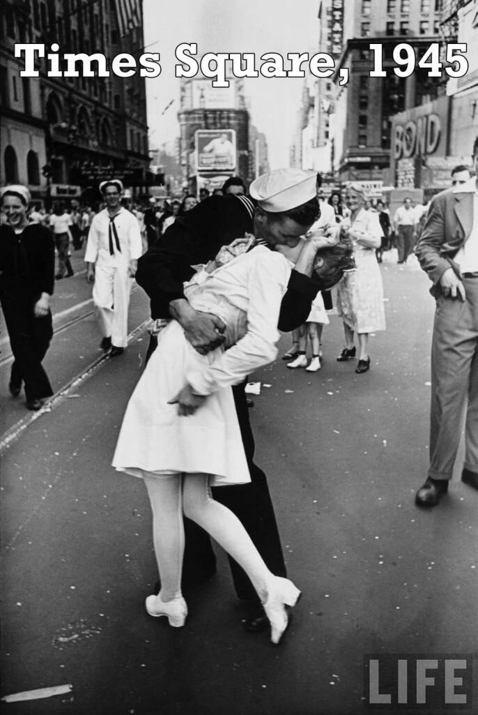 Eternal Love And Most Romantic Photographs Of All Time