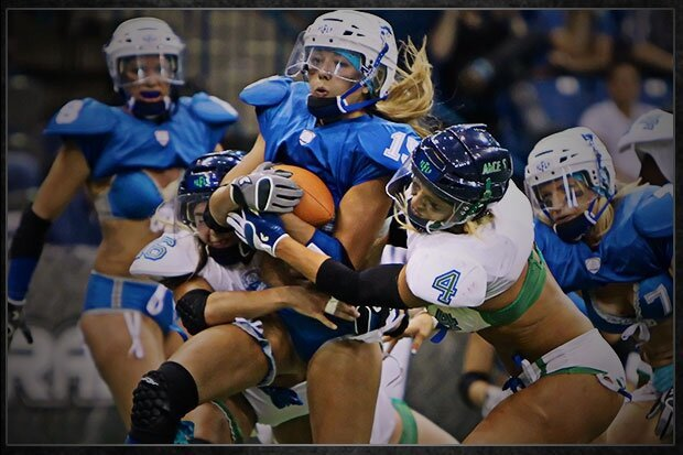 The Lingerie Football League Says They Fired Multiple NFL Replacement Refs For Incompetence от Kaye за 25 sep 2012