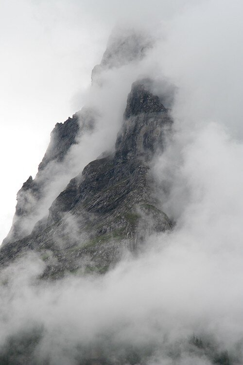 Beautiful mountains and clouds  от Veggie за 05 oct 2012