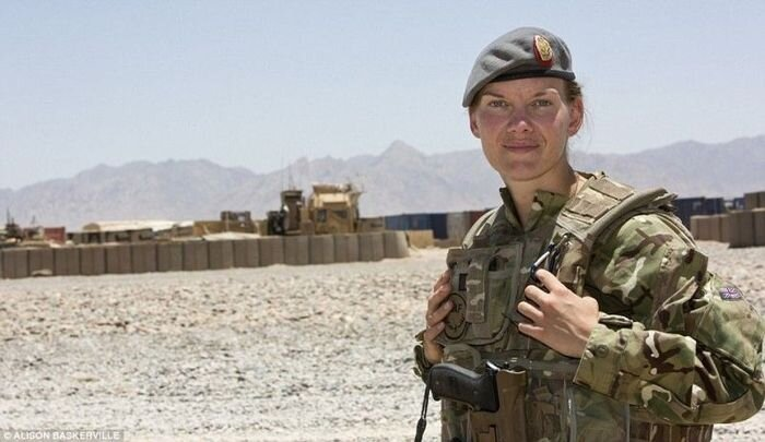 Female Soldiers in Afghanistan  от Helen за 31 oct 2012