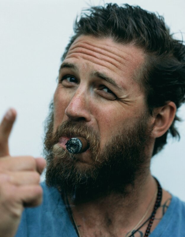 Scruffy Tom Hardy is Lookin' Good!