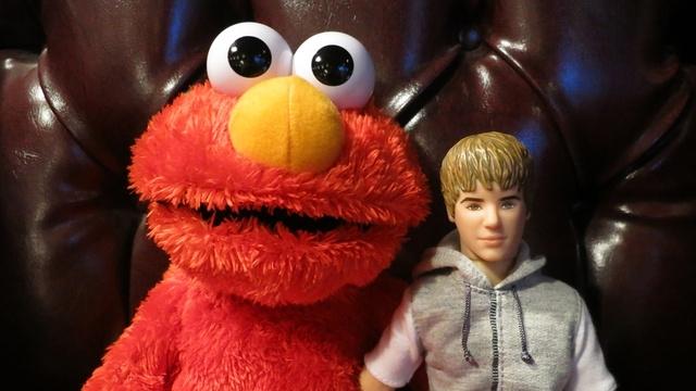 Elmo Sex Scandal:Explain It Like I'm Justin Beiber от mick за 15 nov 2012