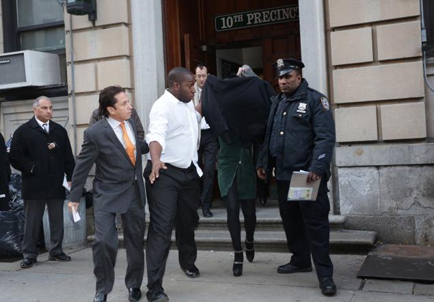 Lindsay Lohan Arrested Again! от mick за 29 nov 2012