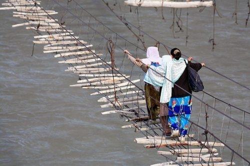 The Safest Bridges Ever! [SARCASM]