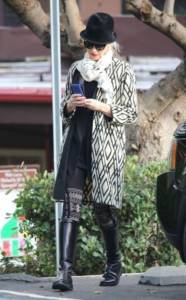 Gwen Stefani Rocking the Black and White