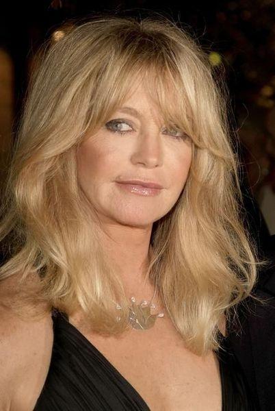Goldie Hawn Looks Creepy