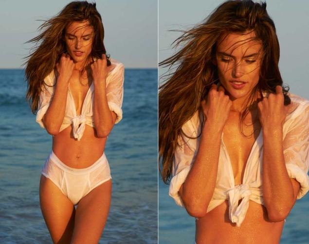 Alessandra Ambrosio is a MILF