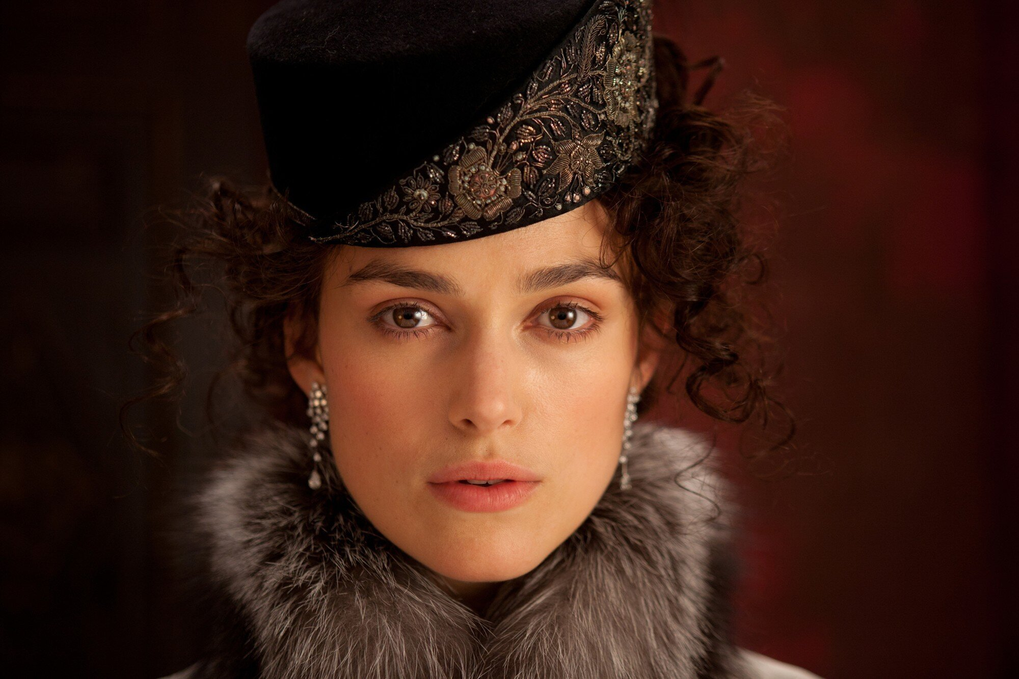 Keira Knightley's Facial Expressions Ruin Anna Karenina!