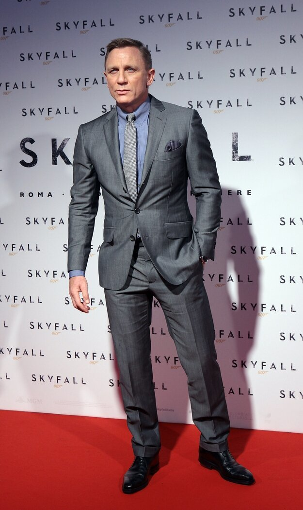 15 People Who Just Look Better In A Suit