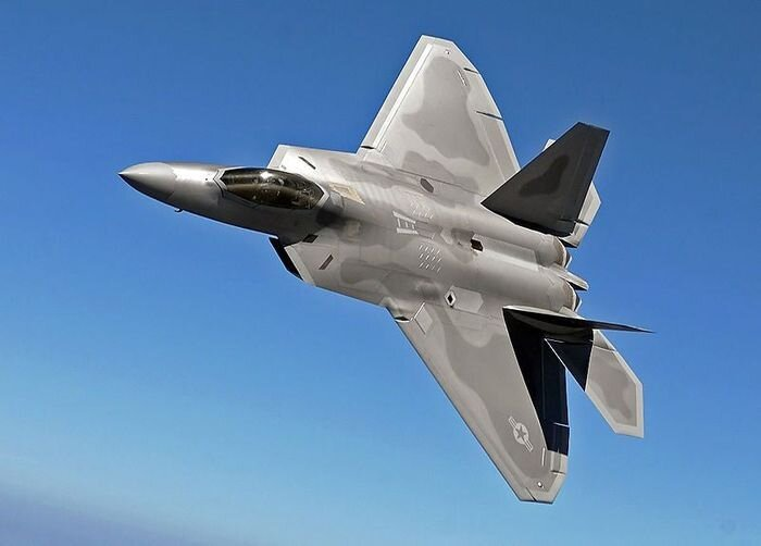 F-22 Raptor. Everything Can Happen