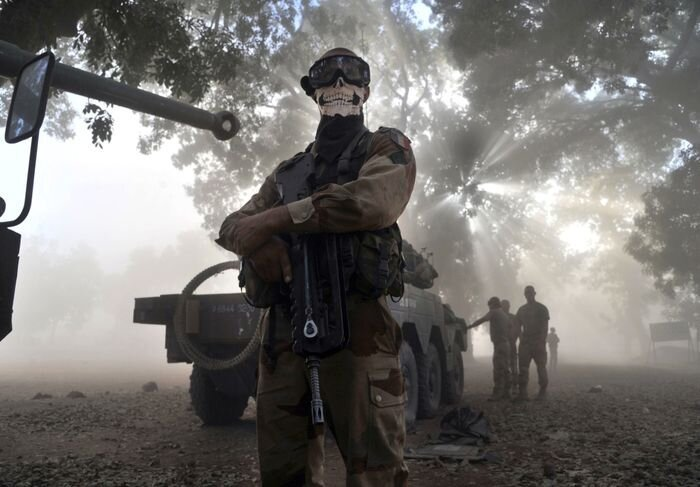 French Soldier and the Mask from Call of Duty